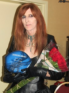 DomCon Atlanta 2013 Mistress Cyan lauded with flowers for 10th Anniversary